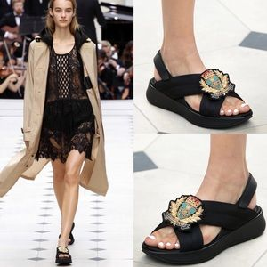 BURBERRY PRORSUM SPRING READY TO WEAR SANDALS